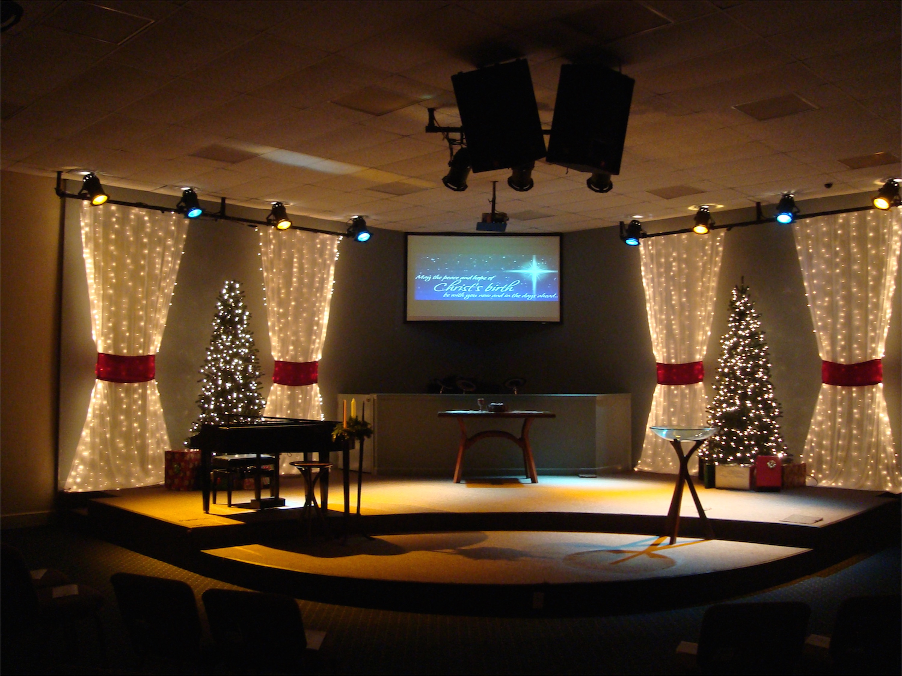 Packed Christmas Church Stage Design Ideas Scenic sets