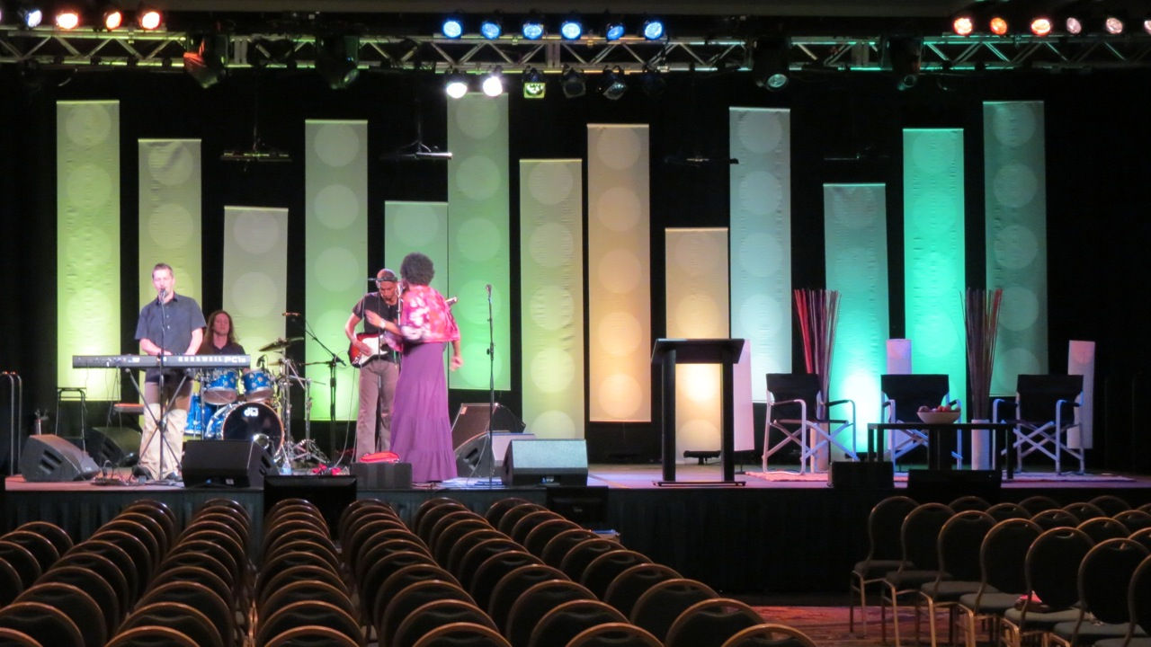 Dot Banners Church Stage Design Ideas Scenic Sets And Stage Design Ideas From Churches Around The Globe