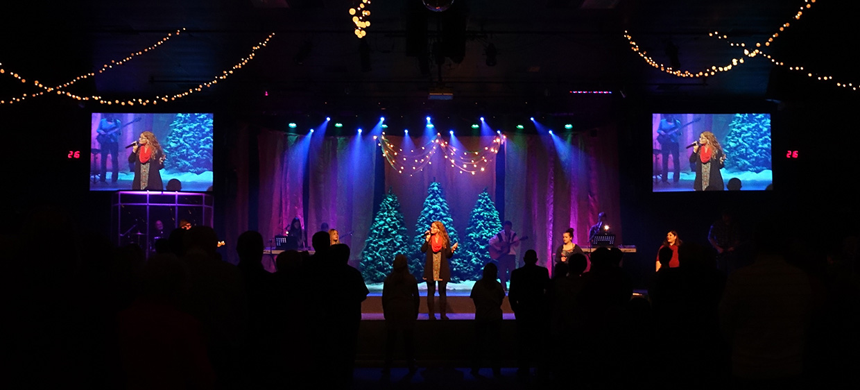 Flowy Night Sky Church Stage Design Ideas
