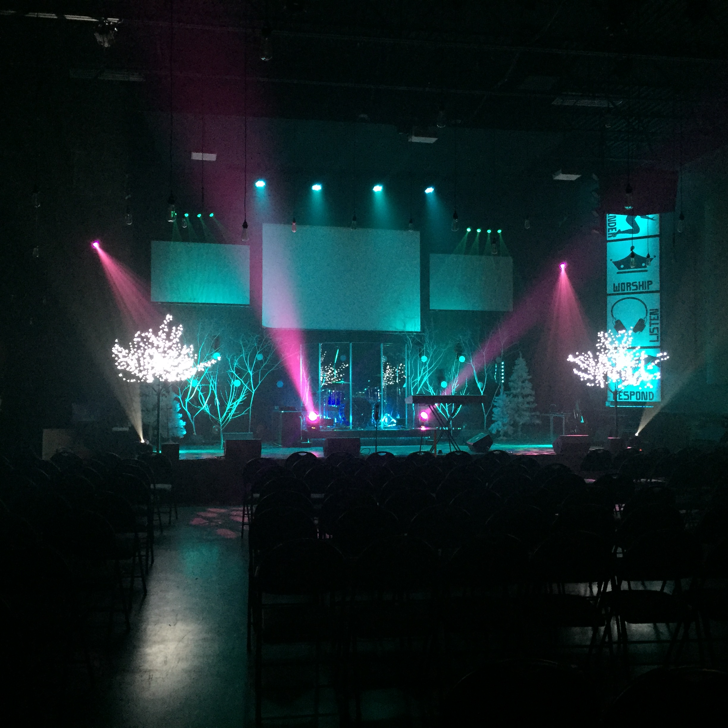Cool Cold | Church Stage Design Ideas